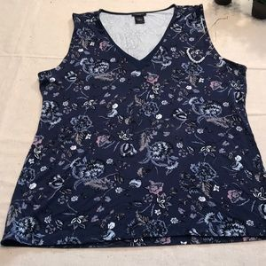 Ann Taylor Factory navy floral tank in Large